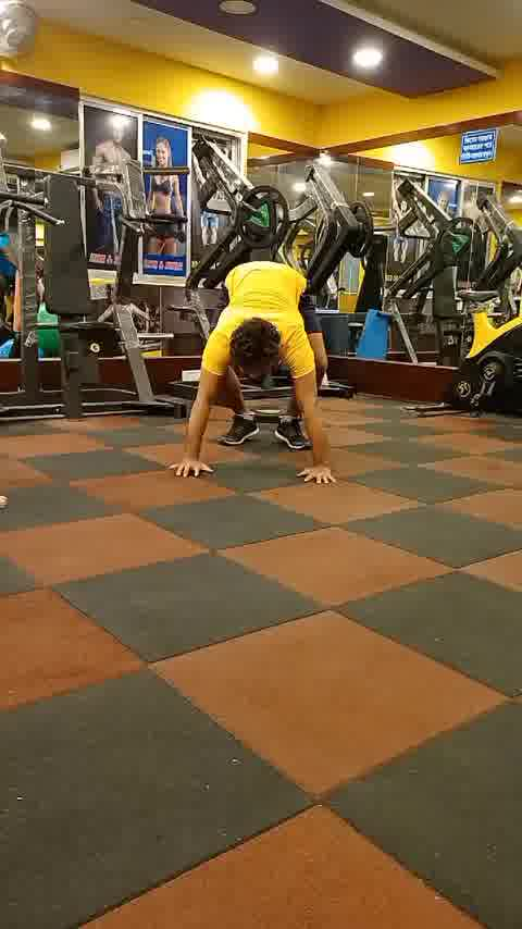 #handstand #yogareels #staystrong #strength